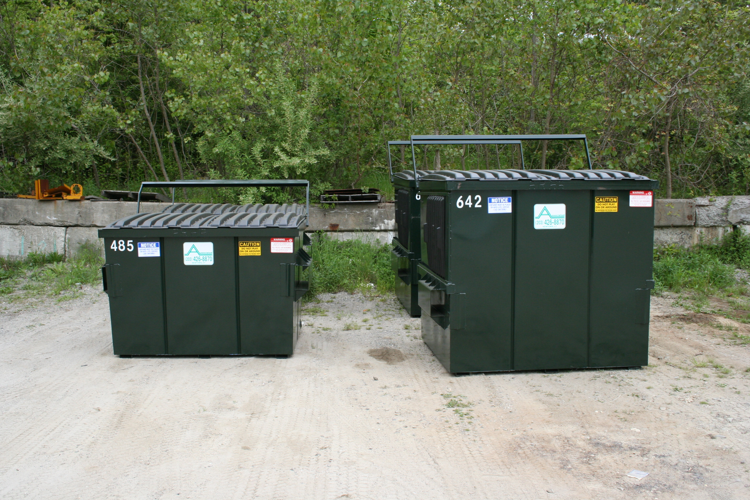 Industrial Garbage Containers : Commercial industrial trash removal containers